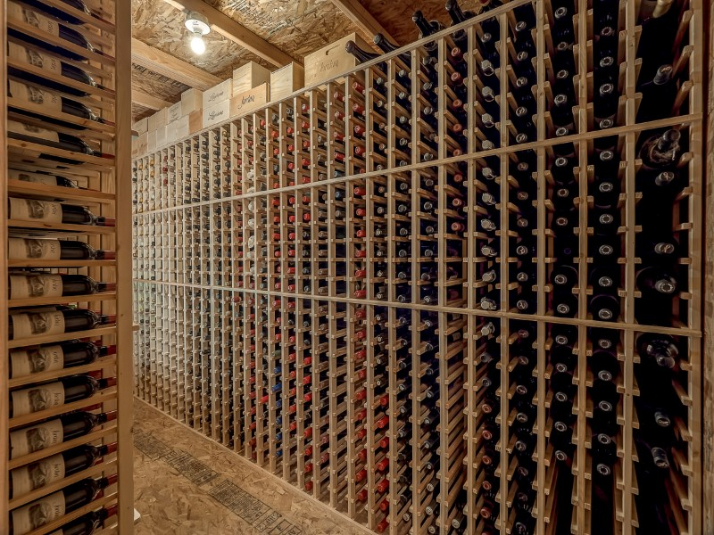Oregon Wine Reserve Custom Storage